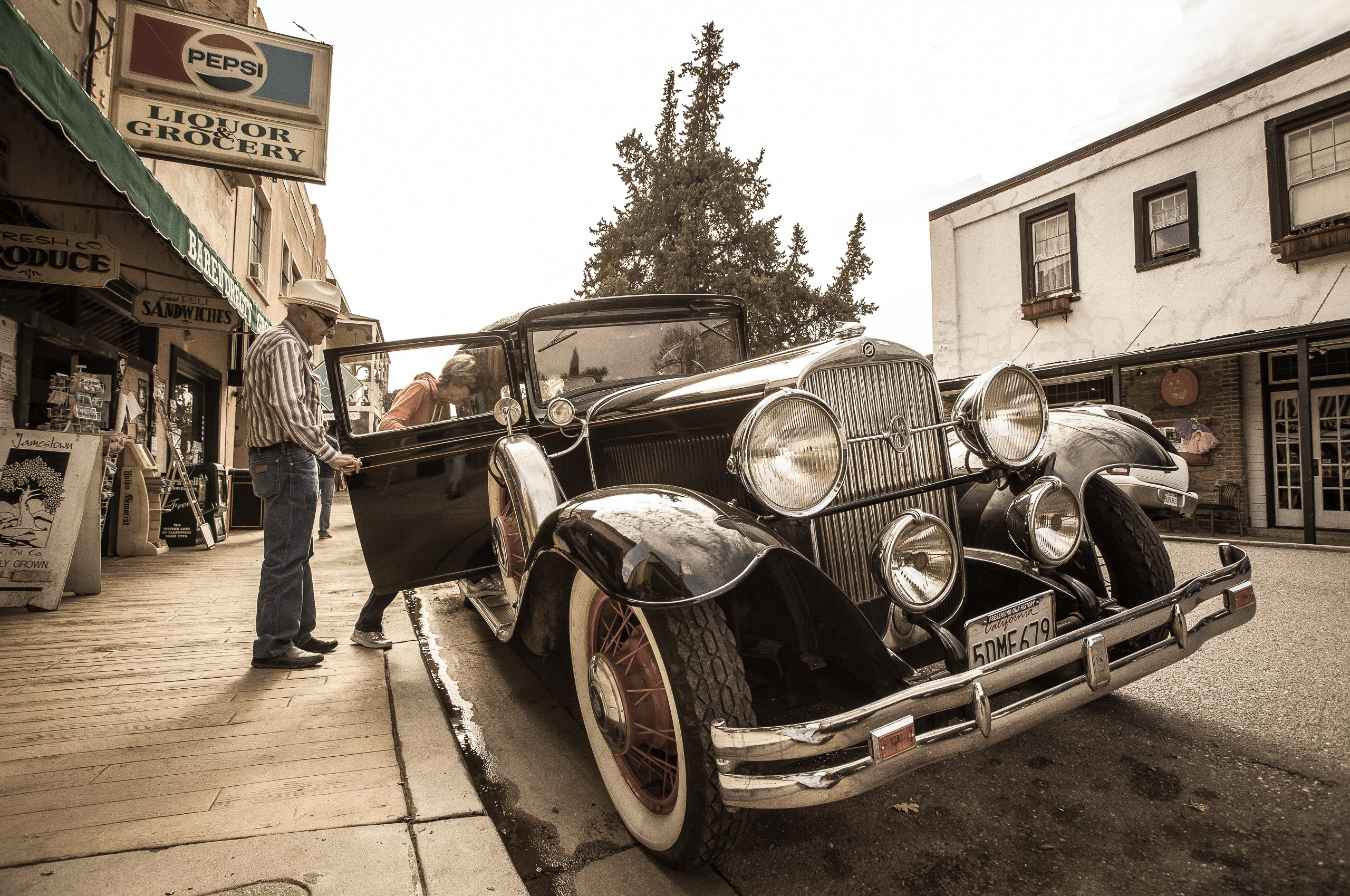 VINTAGE VEHICLES - COLOR | Marshall Gould Photography